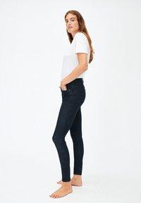 ARMEDANGELS - TILLAA - Slim fit jeans - rinse - 3