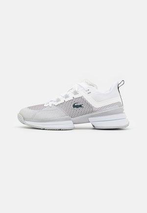 AG-LT 21 ULTRA - Multicourt tennis shoes - white/light grey