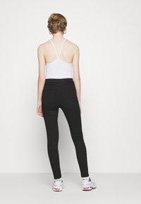 Vero Moda - VMJOY  - Jeans Skinny Fit - black denim - 2