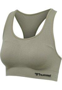 Hummel - HMLTIF SEAMLESS SPORTS - Light support sports bra - vetiver - 4