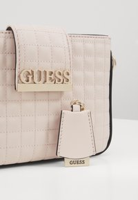 Guess - MATRIX ELITE CROSSBODY - Across body bag - stone multi - 3