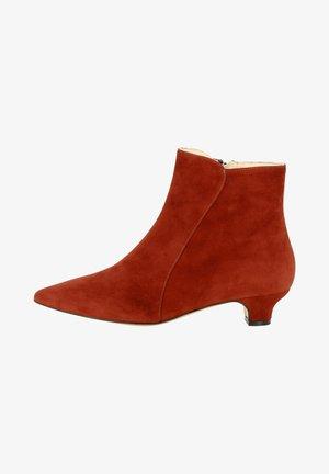 Boots à talons - braunrot