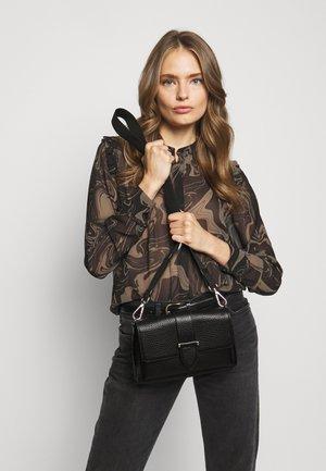 GLORIA DOUBLE BAG - Across body bag - black