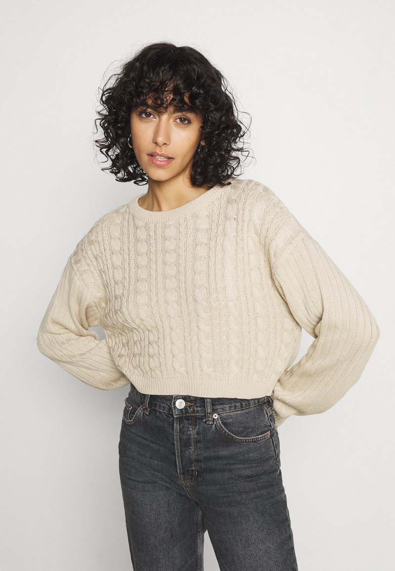 Even&Odd - CROPPED LOOSE CABLE JUMPER - Svetr - sand