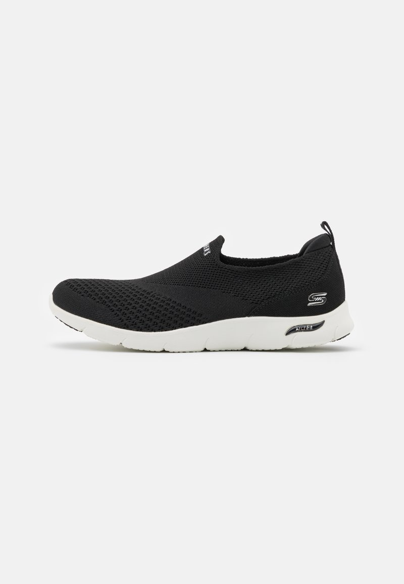 Skechers - ARCH FIT REFINE - Trainers - black/white