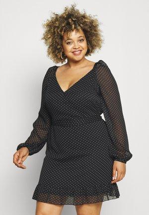 VMFIE MINI DRESS CURVE - Day dress - black