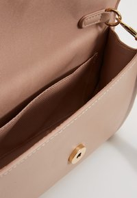 ALDO - UNELILLAN - Clutch - tan - 4
