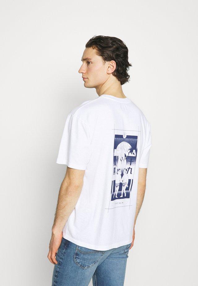 TAROT DECK UNISEX - T-shirt print - white