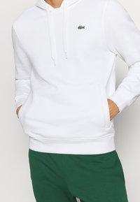 Lacoste Sport - CLASSIC HOODIE - Hoodie - white - 4