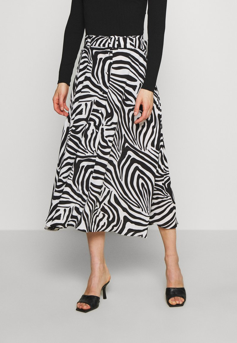Who What Wear - THE BELTED CIRCLE SKIRT - A-line skirt - white