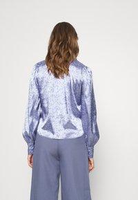 Monki - NALA BLOUSE - Button-down blouse - blue - 2