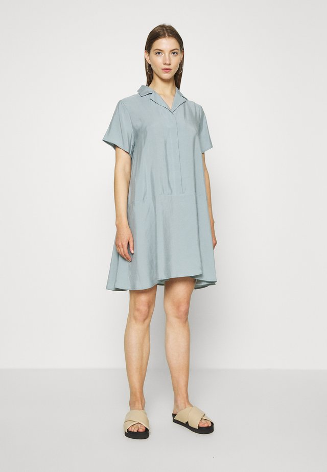 KANDI DRESS - Shirt dress - light greyish blue