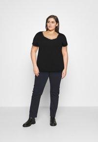 Anna Field Curvy - T-shirt imprimé - black - 1
