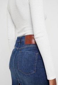 One Teaspoon - PENCIL SKIRT - Denim skirt - cool blue - 3