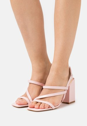 WIDE FIT CATHERINE - Sandalias - pink