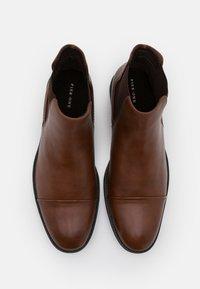 Pier One - Kotníkové boty - cognac - 3