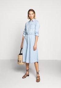 Polo Ralph Lauren - LONG SLEEVE CASUAL DRESS - Vestido vaquero - light indigo - 1