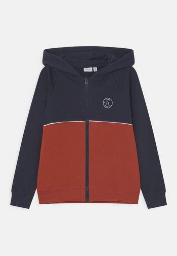 NKMLATOS HOOD  - Zip-up sweatshirt - dark sapphire