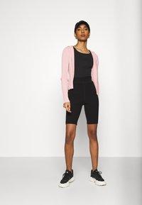 4th & Reckless - ADA CYCLING  - Shorts - black - 1