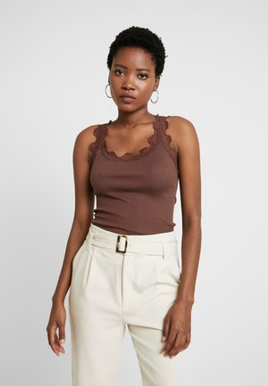 SILK-MIX TOP REGULAR W/VINTAG LACE - Topper - chestnut red
