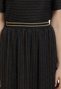 myMo at night - A-line skirt - schwarz multicolor - 3