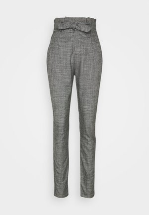 VMEVA LOOSE PAPERBAG AMY PANT - Kalhoty - black/houndstooth grey/white
