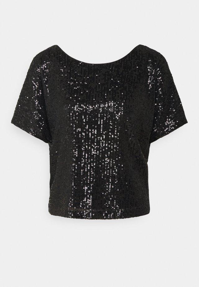 DOLMAN - T-shirt med print - black