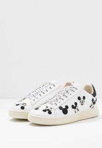 MOA - Master of Arts - Sneaker low - white - 4