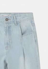 Cotton On - ROSITA BALLOON - Relaxed fit jeans - light-blue denim - 2