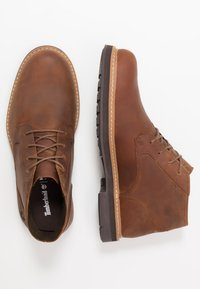Timberland - SQUALL CANYON WP CHUKKA - Lace-up ankle boots - mid brown - 1