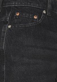 ONLY Tall - ONLBAY LIFE MOM - Shorts di jeans - black denim - 2