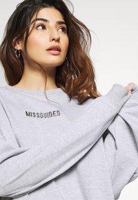 Missguided Petite - PETITE BRANDED - Bluza - grey - 4