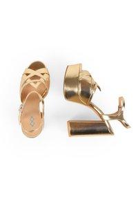 MIM Shoes - COSMOPOLITAN - High heeled sandals - gold - 1