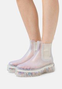 LEMON JELLY - RAVYN - Gummistøvler - transparent - 0