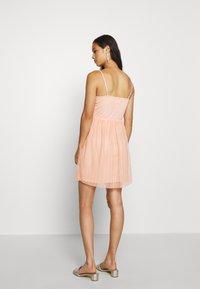 Even&Odd - Koktejlové šaty/ šaty na párty - dusty pink - 2