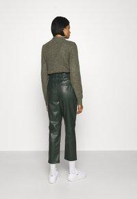 EDITED - MARJELLA TROUSERS - Trousers - grün - 2
