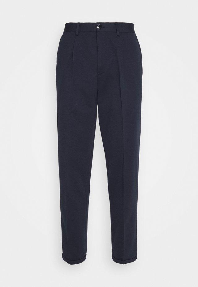SLHSLIMTAPERED JIM FLEX ANKLE - Pantalon classique - navy blazer