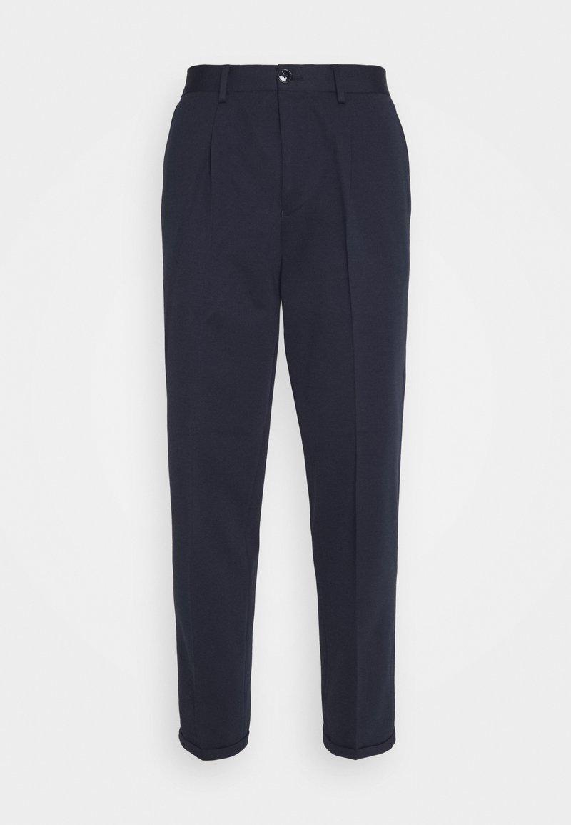 Selected Homme - SLHSLIMTAPERED JIM FLEX ANKLE - Trousers - navy blazer