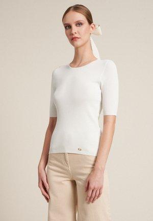 CEDRATA - T-shirt imprimé - panna
