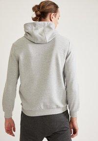 DeFacto - Hoodie - grey - 2