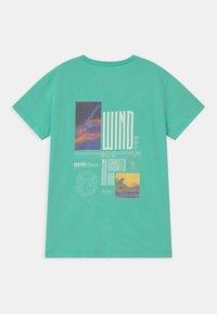 Brunotti - RONAN UNISEX - Print T-shirt - neo mint - 1