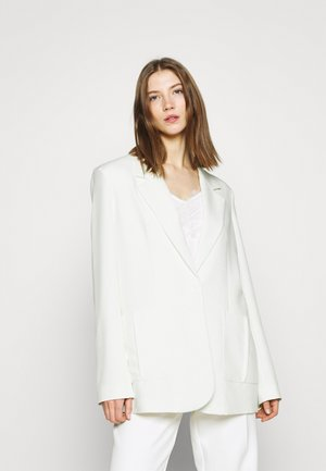 OVERSIZED BOXY - Short coat - white