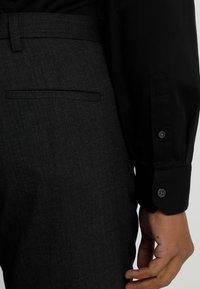 Armani Exchange - Formální košile - black - 3