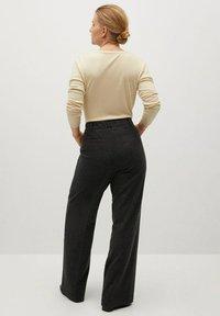 Violeta by Mango - COZY - Trousers - dunkelgrau meliert - 2