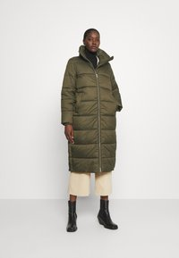 Marc O'Polo DENIM - LONG PUFFER COAT - Zimní bunda - utility olive - 0