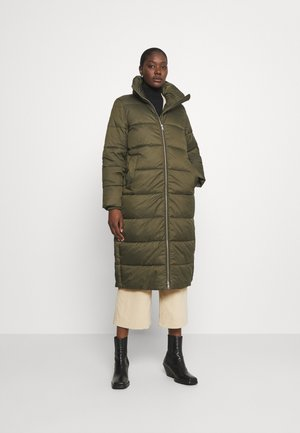 LONG PUFFER COAT - Winter jacket - utility olive