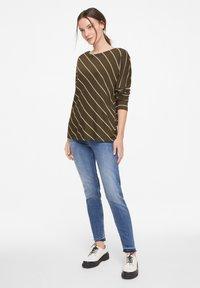 comma casual identity - Long sleeved top - khaki diagonal stripes - 1