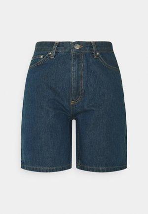 KIRI - Shorts di jeans - bleach
