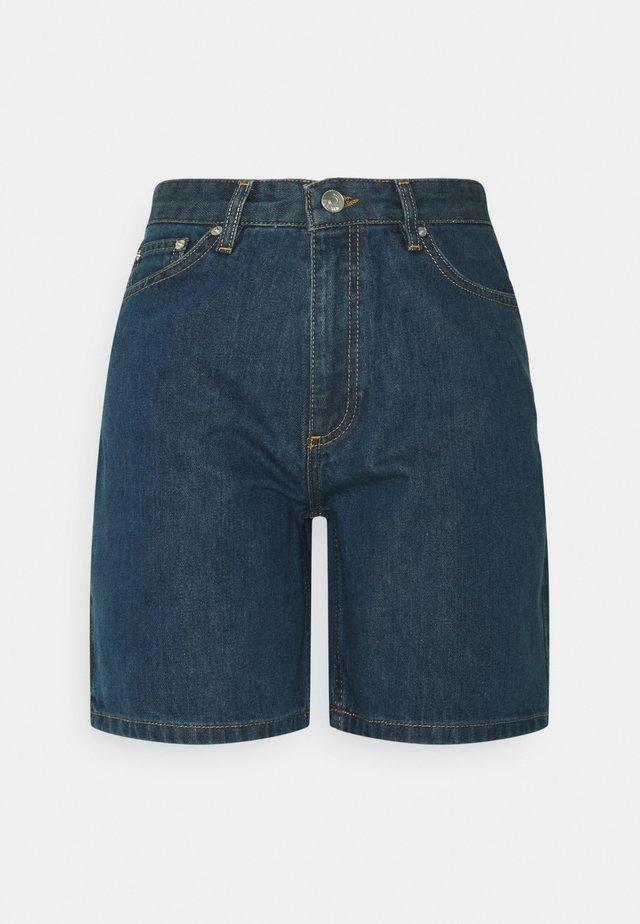 KIRI - Shorts vaqueros - bleach