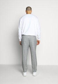 Topman - LUTHER - Suit trousers - grey - 2